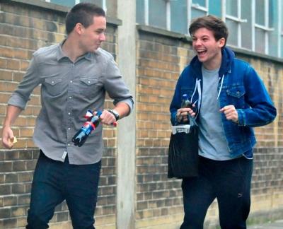 Fotos: One Direction ensaia para nova turnê em Londres