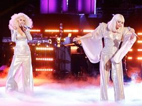 """Christina Aguilera opina sobre decisão de Lady Gaga de retirar """"Do What U Want"""" das plataformas"""