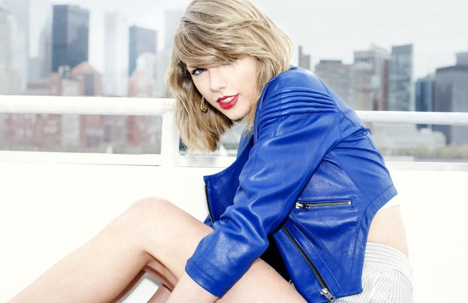 "taylor swift 1989 2 ""Minha vida é realmente anormal"", analisa Taylor Swift"