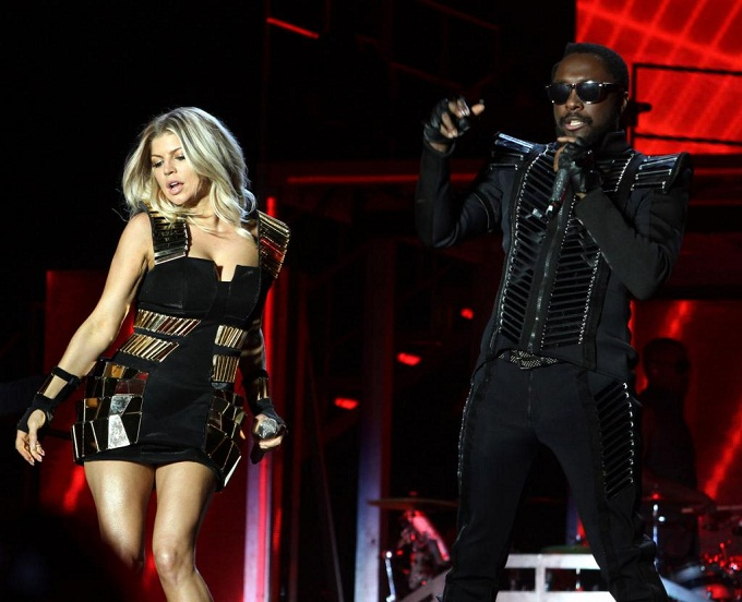 fergie william Fergie trabalha com Will.i.am em álbum solo