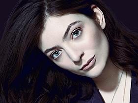 """Lorde responde críticas à sua dança """"esquisita"""" durante performance no SNL"""