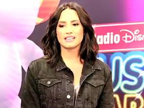 """Demi Lovato: """"Britney Spears influenciou todas as artistas femininas jovens da indústria pop"""""""