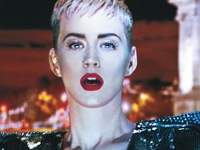 """Katy Perry comenta supostas escalações de Lionel Richie e Charlie Puth para """"American Idol"""""""