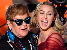 Elton John mostra prévias de álbum tributo com Miley Cyrus, Demi Lovato, P!nk, Sam Smith, Ed Sheeran e mais