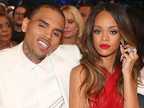 Snapchat faz publicidade agressiva contra Rihanna e Chris Brown; cantora rebate; app pede desculpa