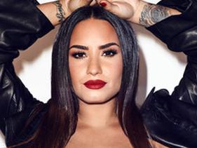 Em março, Demi Lovato falou sobre sua sobriedade em show