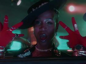 """Karol Conká dança pela representatividade no novo clipe """"Vogue do Gueto"""""""