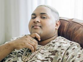 Voz dos hits do Baile da Gaiola, Kevin O Chris vai participar do show do Post Malone no Lollapalooza Brasil