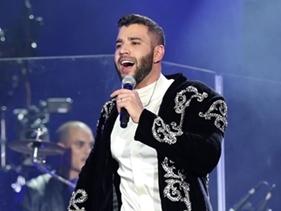 """Após confusão, Gusttavo Lima explica atraso em show do fim de semana: """"40 graus de febre"""""""