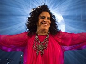 """Gal Costa repassa cinco décadas de carreira no DVD que traz o registro do show """"A Pele do Futuro"""""""