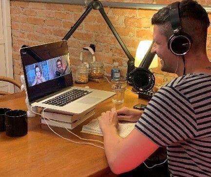 Felipe Solari comemora entrevista com Sandy para podcast