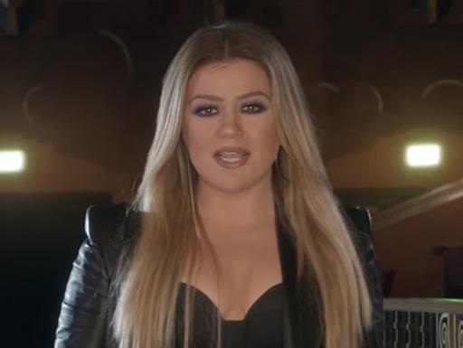 Kelly Clarkson The Voice USA