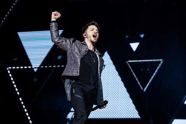 Junior Lima dá teaser de retorno à música