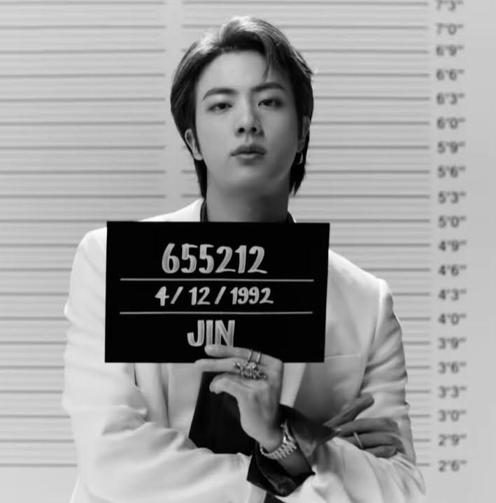 """BTS explica significado dos números nas placas de """"Butter"""""""
