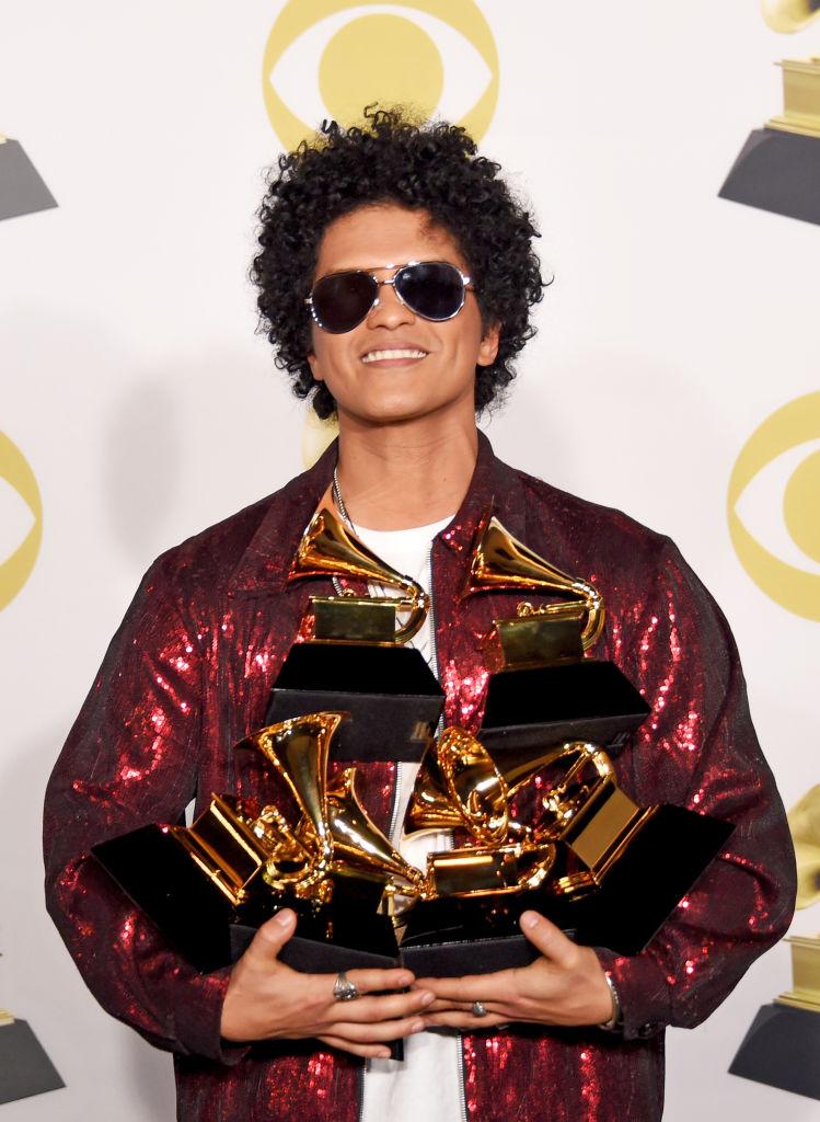 Bruno Mars é dado como certo no Grammy 2022