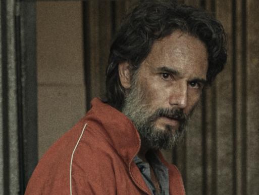 """Rodrigo Santoro admite sobre 7 Prisioneiros: """"tive atração e repulsa"""""""